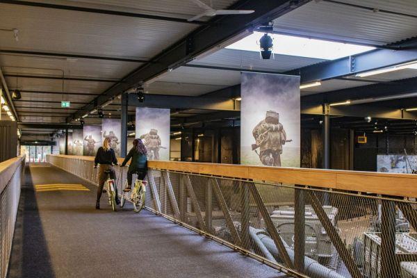 Het Oorlogsmuseum heeft een fietsbrug