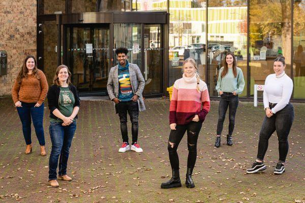 Nieuwe Nederlanders, vluchtelingenwerk en de feestdagen
