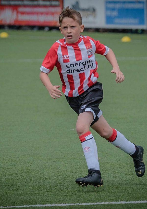 'Stiekem ben ik ook voor Ajax' 5