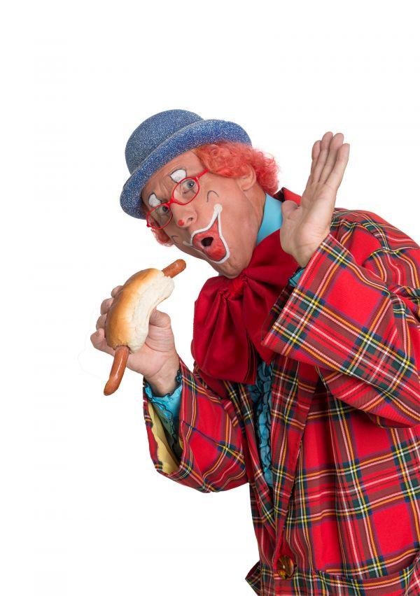Clown Kwibus hangt zijn pak aan de wilgen 2