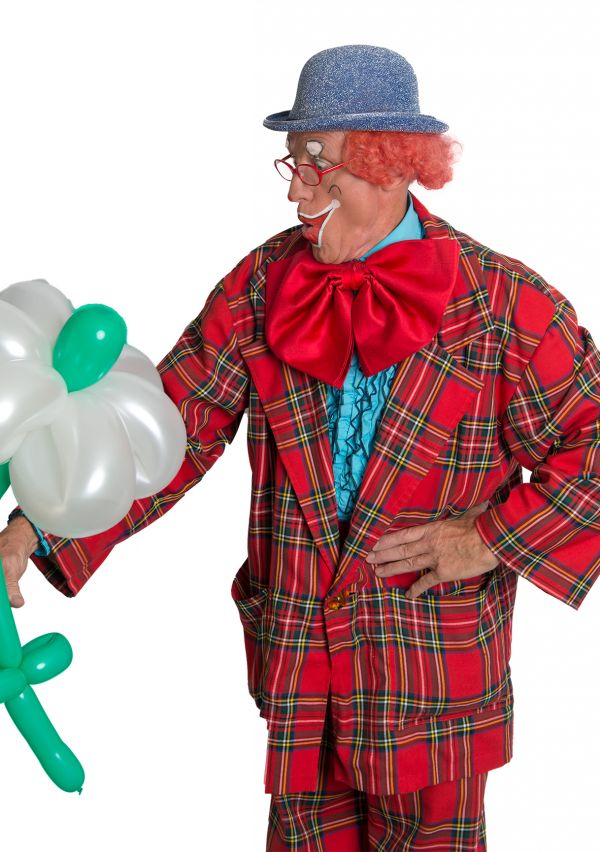 Clown Kwibus hangt zijn pak aan de wilgen 4