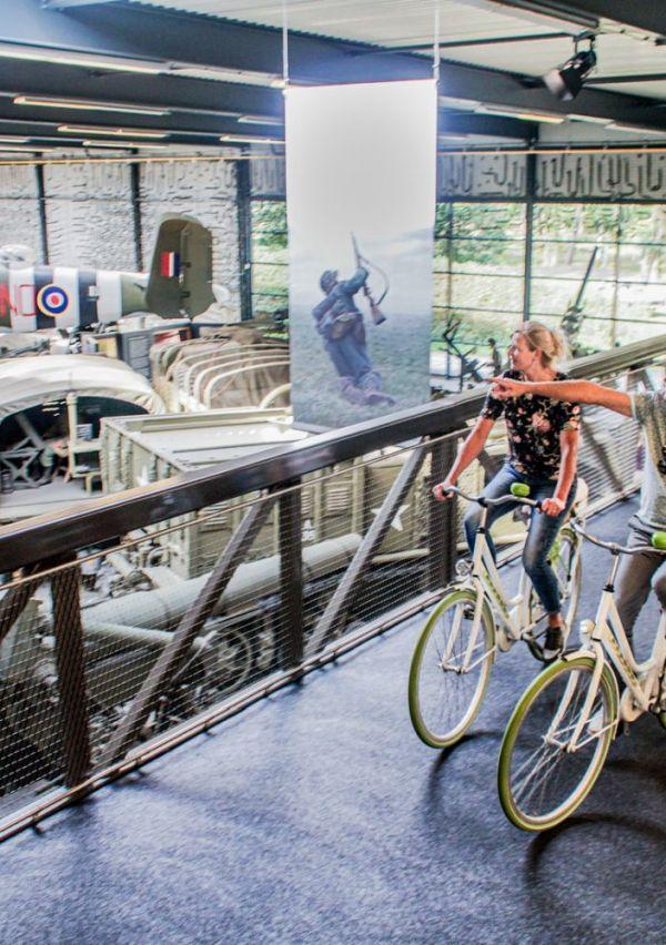 Het Oorlogsmuseum heeft een fietsbrug 5