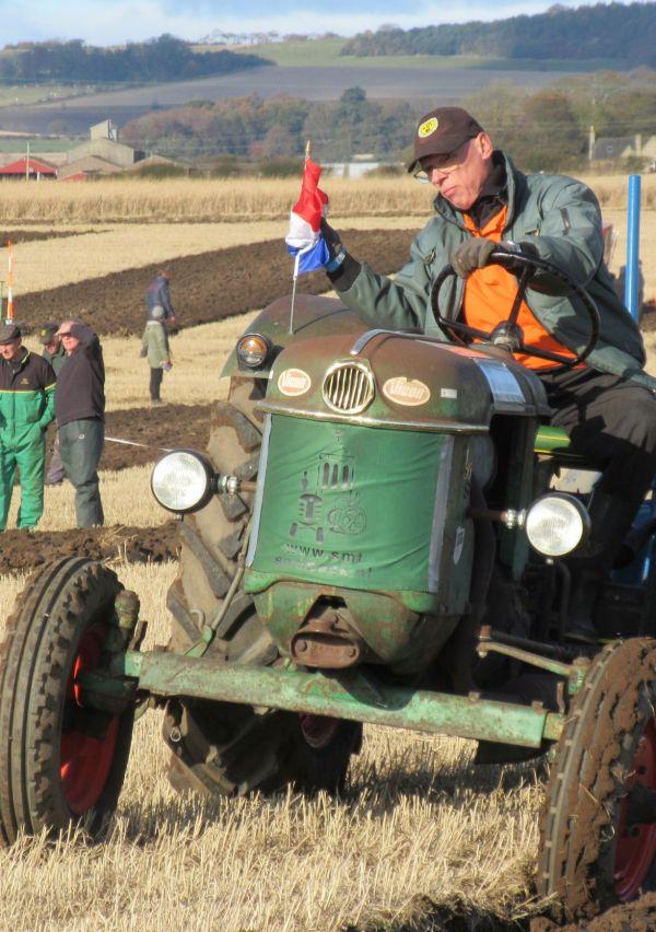 Sambeekse Motoren- en Tractorenvereniging SMT