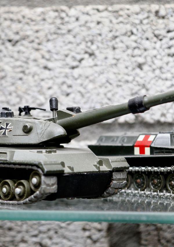 Museum Van postzegel tot tank 17