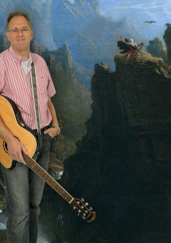 Niek Hermsen... besmet met Ierse folkmuziek 2