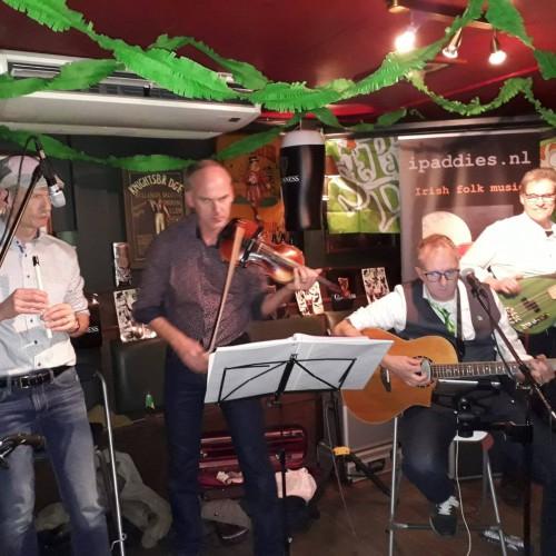 Niek Hermsen... besmet met Ierse folkmuziek 3